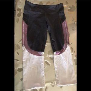 Alo Crop Leggings size Xs
